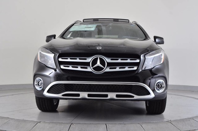 new 2018 mercedes benz gla gla 250 suv in chicago m16697 mercedes benz of chicago. Black Bedroom Furniture Sets. Home Design Ideas