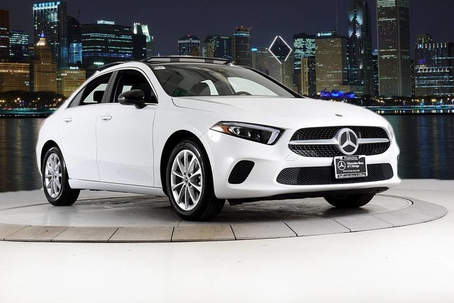 2019 A 220 4MATIC® Previous Loaner